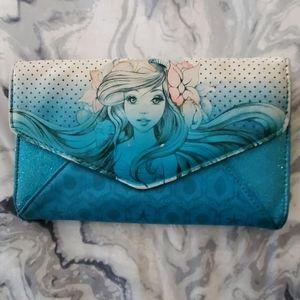 🐠🧜♀️Little mermaid blue glitter wallet